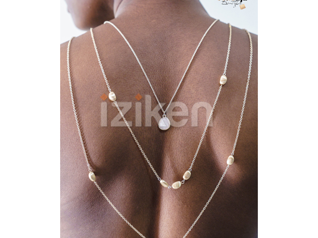 img-iziken-COLLIER TRIPLE SAUTOIR EN QUARTZ ROSE